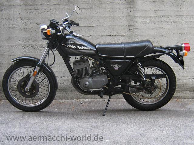 SST 250 - AERMACCHI WORLD